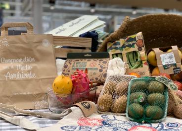 Carrefour elimina el 50% de plástico