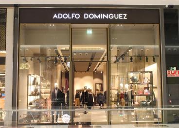 Tienda de Adolfo Domínguez en Nevada Shopping