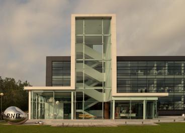 Exterior de las oficinas de RNB