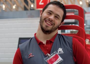 Empleado de Auchan Retail España