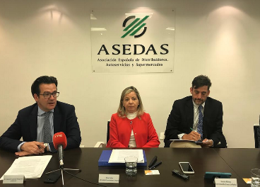 García Magarzo, María Puelles y Gonzalo Moreno