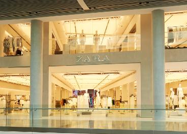 Fachada de tienda de Zara, en Londres