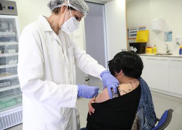 El gran consumo se cansa de esperar la vacuna