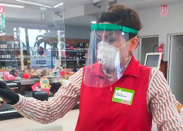 Trabajadora de Supermercados El Jamón
