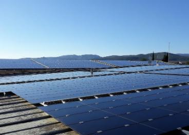 Placas fotovoltaicas Familia Torres