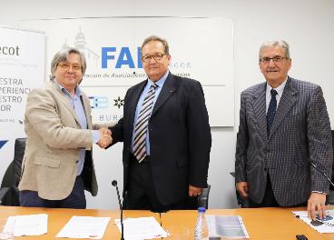 Firma del convenio entre Campofrío y Secot