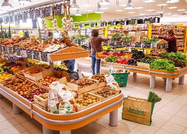 Interior de un supermercado de So.bio
