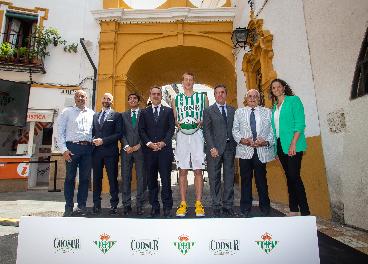 Acuerdo entre Coosur y el Real Betis