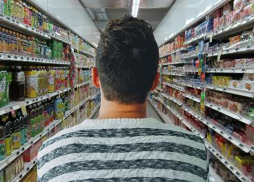 Comprador en supermercado