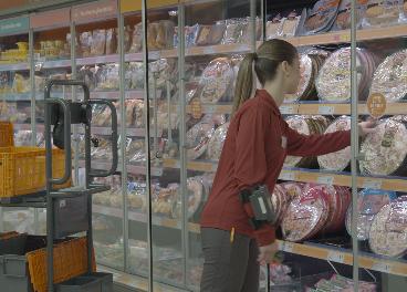 Trabajadora de un supermercado