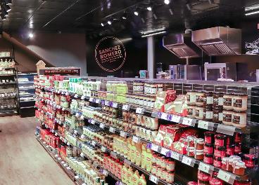 Ahorramás y Sánchez Romero abren tiendas en Madrid