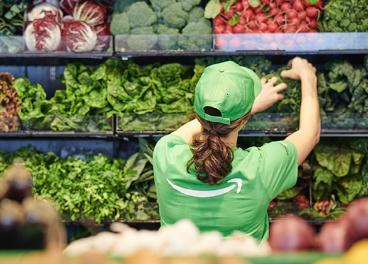 Trabajadora en Amazon Go Grocery