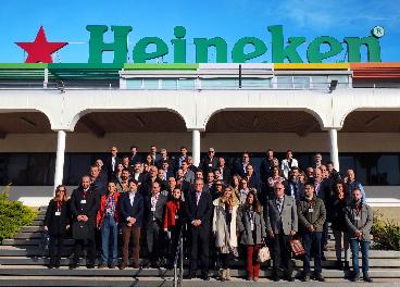 Encuentro en la fábrica de Heineken