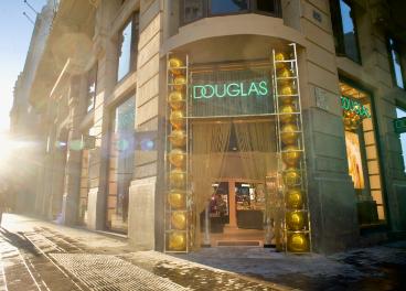 Flagship store Douglas en Madrid